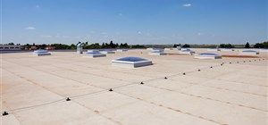 What are the Main Differences between Commercial and Residential Roofing?
