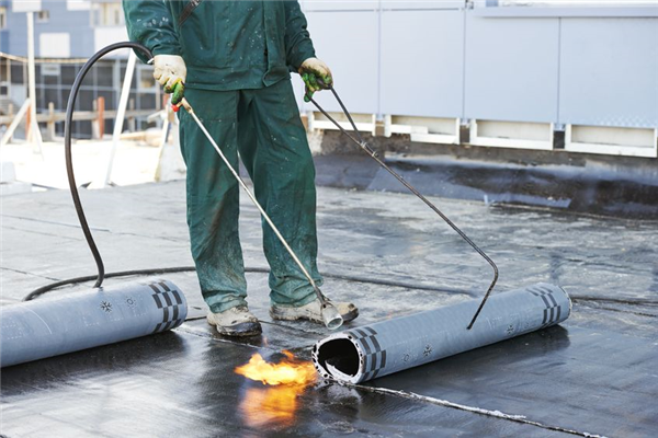 Why Flat Roofs are Better for Commercial and Industrial Buildings